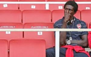 adebayor-thinking